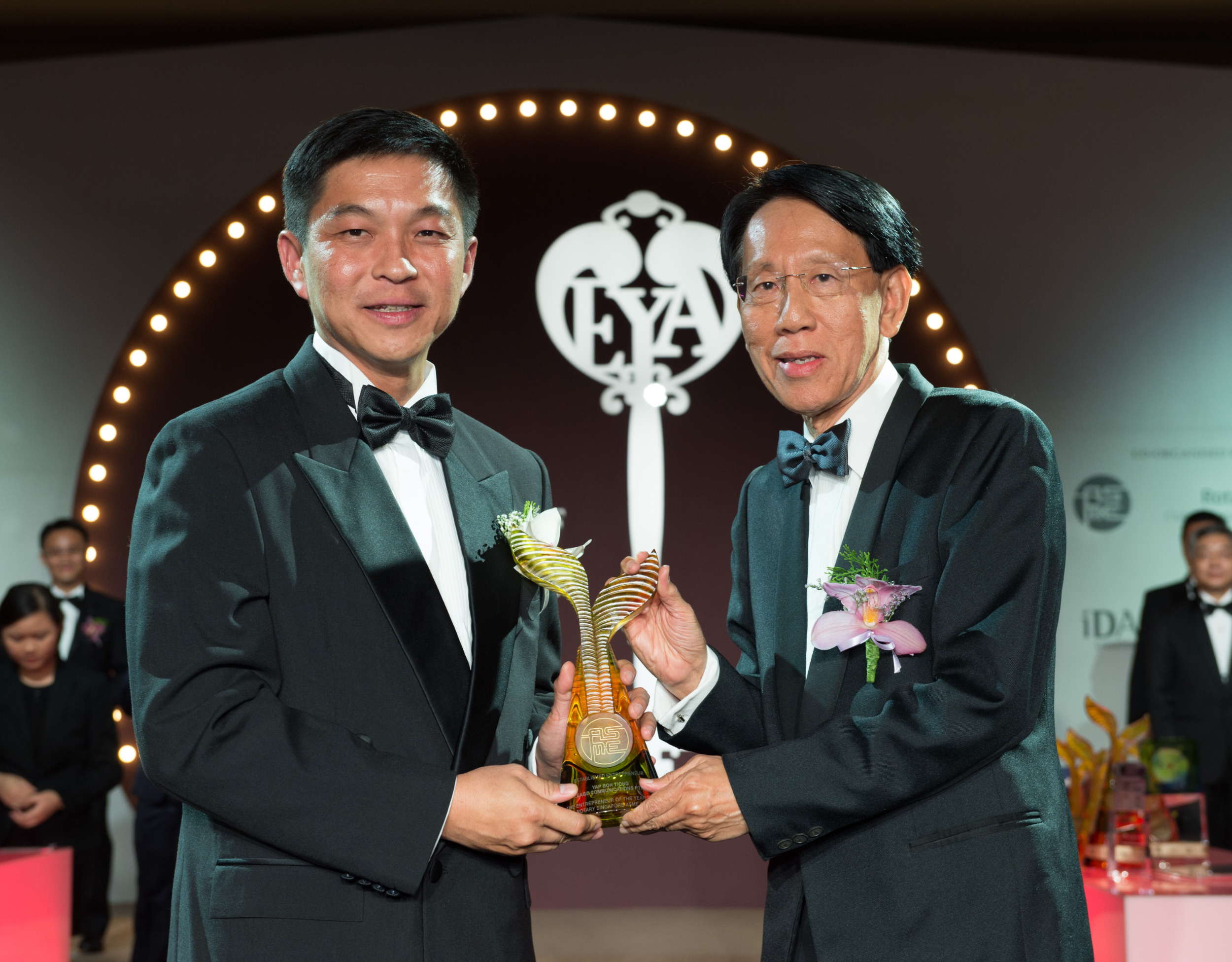 Chairman Of Mileage Communications Group Awarded Established Entrepreneur Of The Year